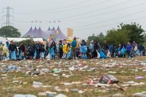 Der Müll wird schnell wieder aufgeräumt. Foto: Hannelore Kirchner