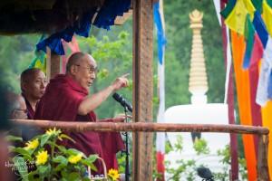 Aber auch spirituelle Führer wie der Dalai Lama lassen sich das Festival nicht entgehen.