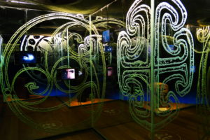In der recht modernen Ausstellung wird man unter anderem mit Videoeinspielungen durch das Leben von St. Patrick geführt.
